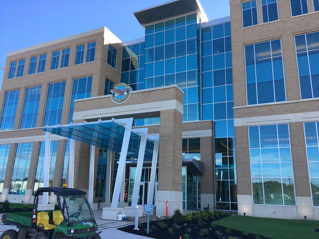 Pratt & Whitney Headquarters - Massey's Plate Glass